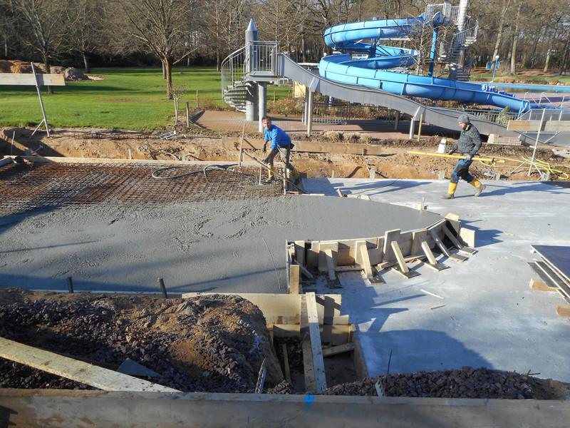 Bodenplatte fr sthetische ideen kamin gebraucht und schne - Bodenplatte fur pool ...